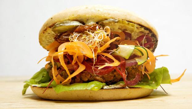 Viva Burger es el primer restaurante especializado en hamburguesas vegetarianas. ¡Pruébalas!