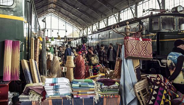 El Museo del Ferrocarril acoge cada mes el Mercado de Motores. ¡Hay tantas cosas que comprar!