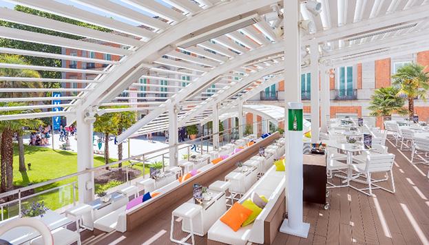 Puro casual fofo: así es la propuesta gastronómica de las Terrazas del Thyssen, abiertas en horario ininterrumpido.