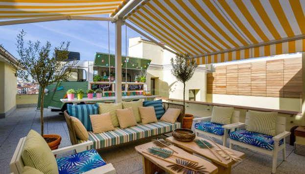 La terraza del hotel Vincci The Mint,en plena Gran Vía, es perfecta para disfrutar del atardecer.