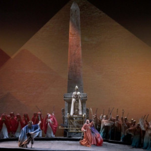 Aida vuelve al Real