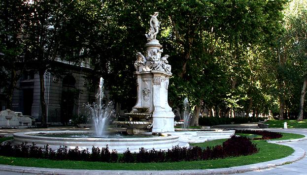 Fuente de Apolo en el Paseo del Prado