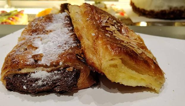 ¿De crema o chocolate? Así son las napolitanas de La Mallorquina