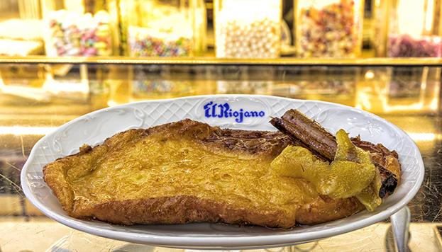 Las torrijas de El Riojano figuran siempre entre las mejores de Madrid. ¡Ahora puedes imitarlas!