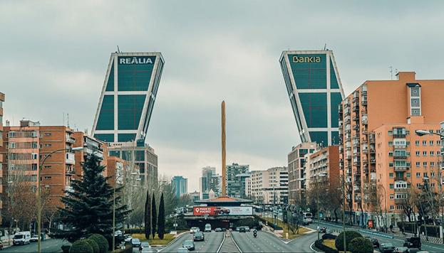 Las Torres Kio, siempre asociadas a El día de la bestia (Foto: Madrid Film Office).