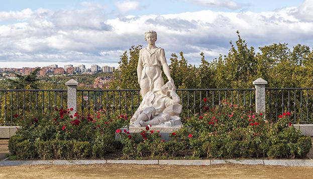 El sueño de san Isidro, junto al mirador de los jardines de San Francisco el Grande.
