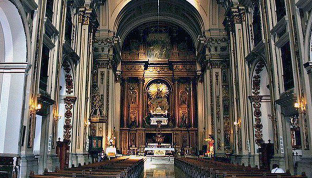 Aquí descansan los restos de San Isidro y también los de su esposa, Santa María de la Cabeza.