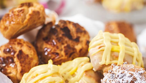 Las rosquillas del Horno de San Onofre son todo un clásico de la gastronomía dulce madrileña.