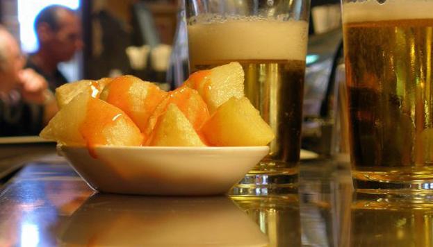 Las patatas bravas de Docamar, en la zona de Quintana, son todo un clásico en Madrid.