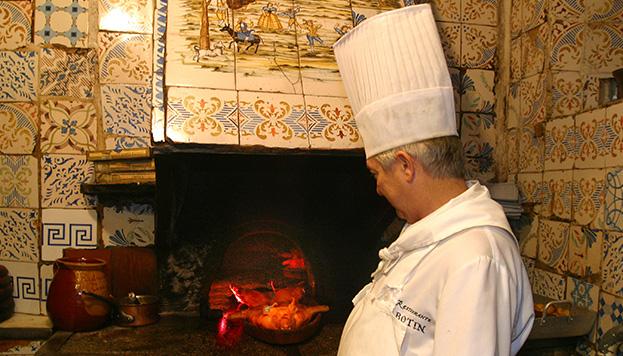 ¡El horno de Sobrinos de Botín es mítico!