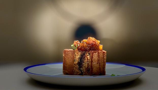 Sándwich de papada de cerdo ibérico con reducción de generoso dulce Pedro Ximénez y orejones de El 34 (CoolRooms Atocha).