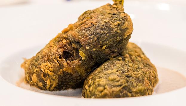 Estas son las delicias de acelgas rellenas de pato y trufa negra de Soria de La Cocina de María Luisa.