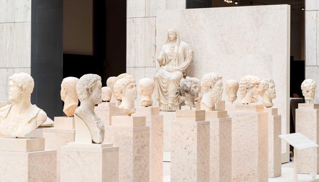 Le MAN conserve une des collections de l'histoire antique les plus importantes du monde.